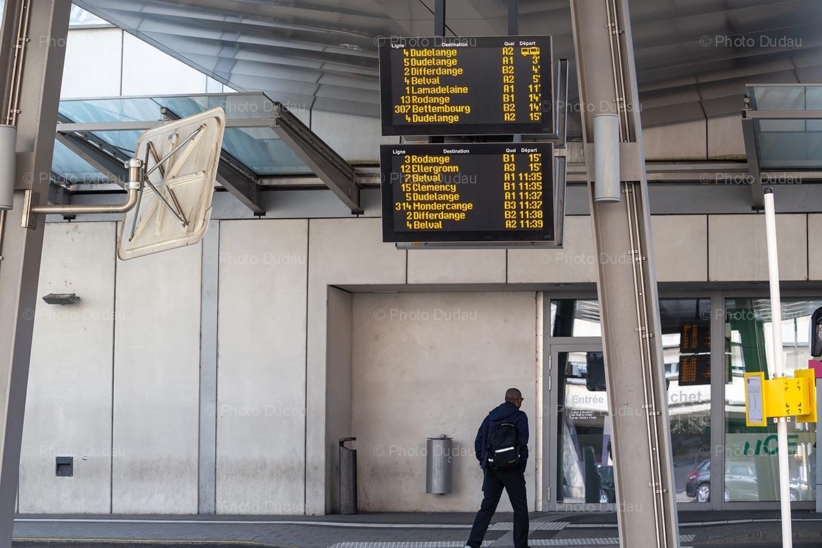 Bus departure boards in Esch