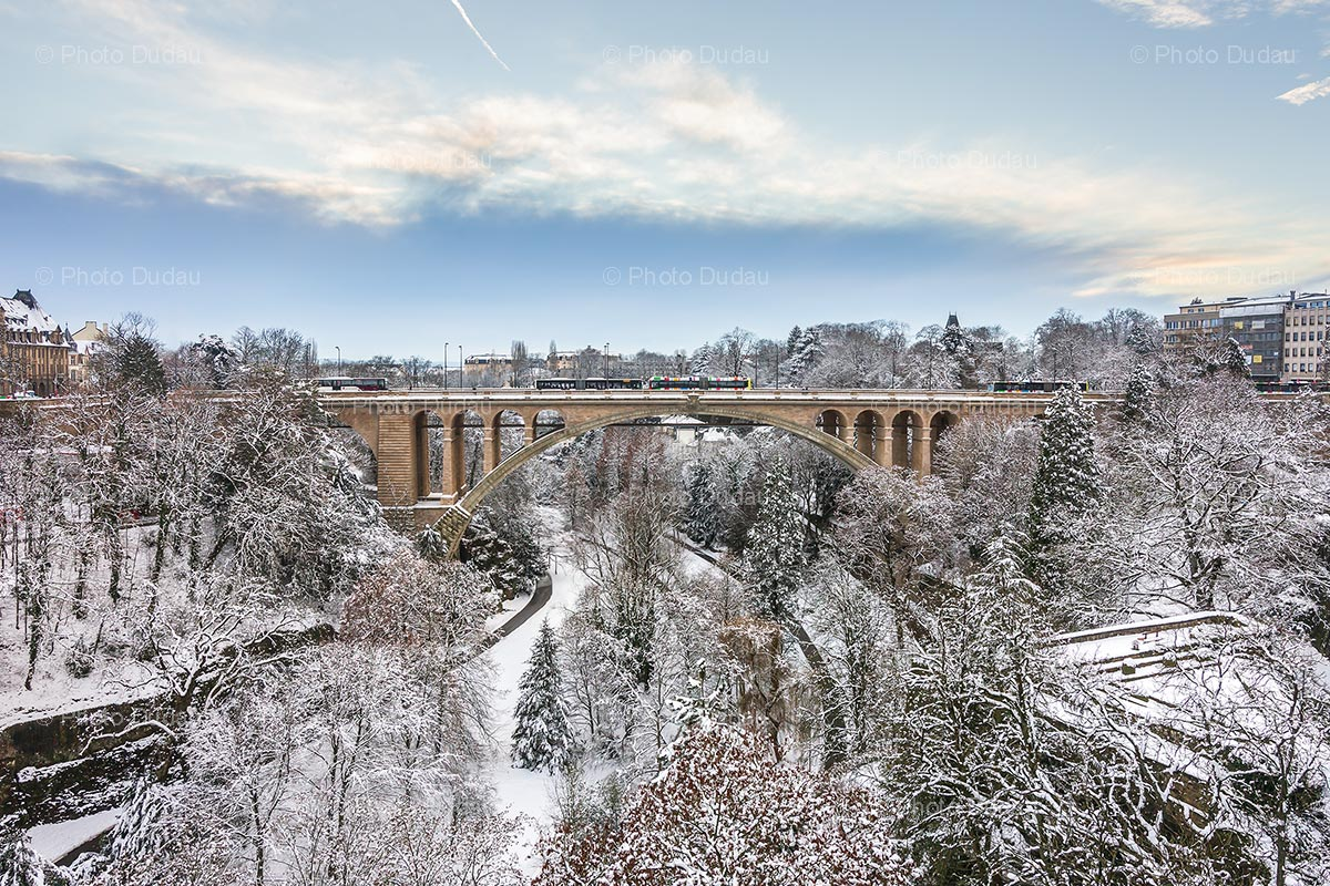 Pont Adolphe and Petrusse Valley covered in snow