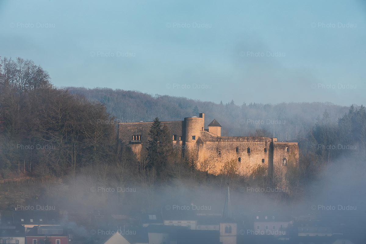 Burg Simmern castle in Septfontaines