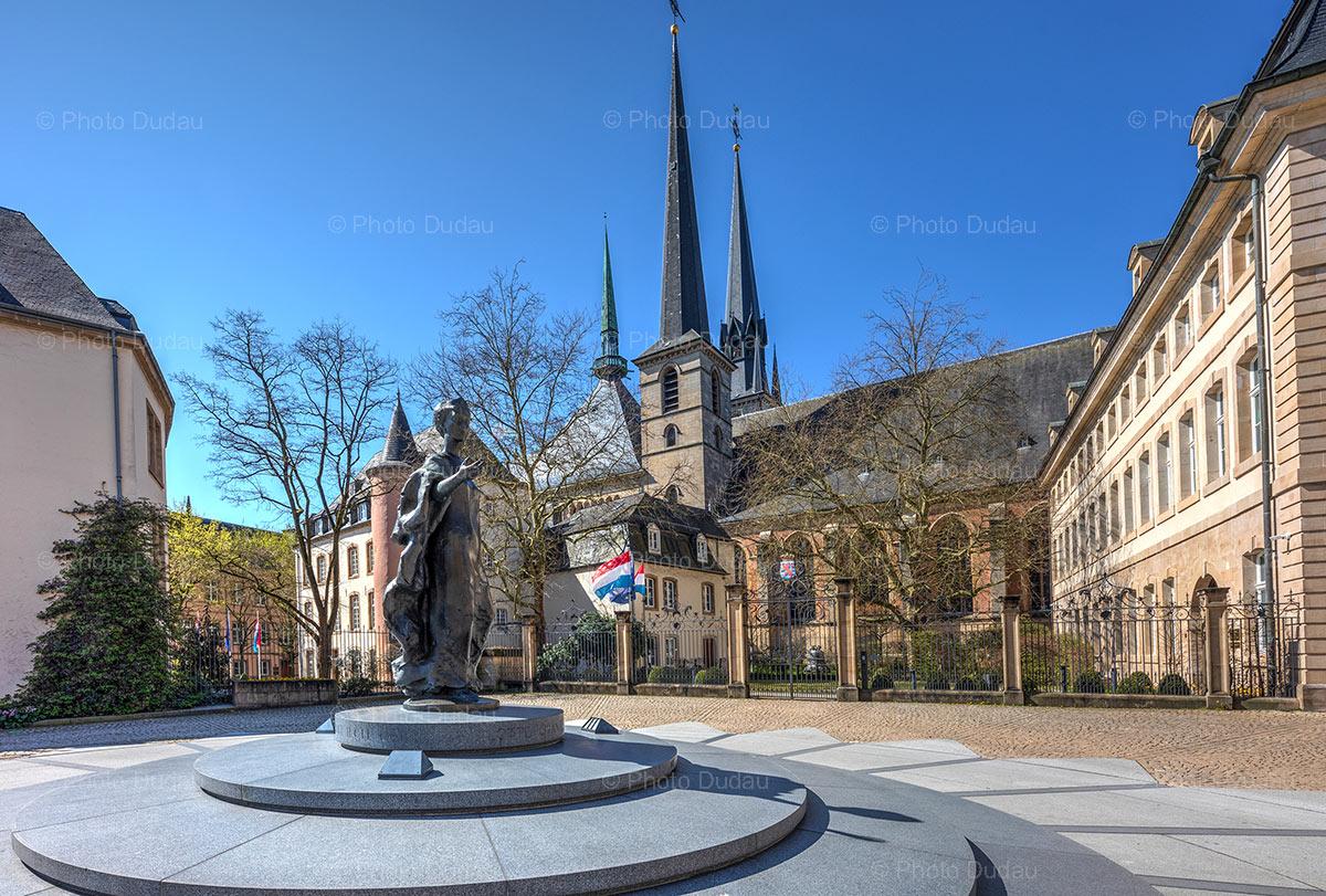 Grande Duchesse Charlotte statue in Luxembourg