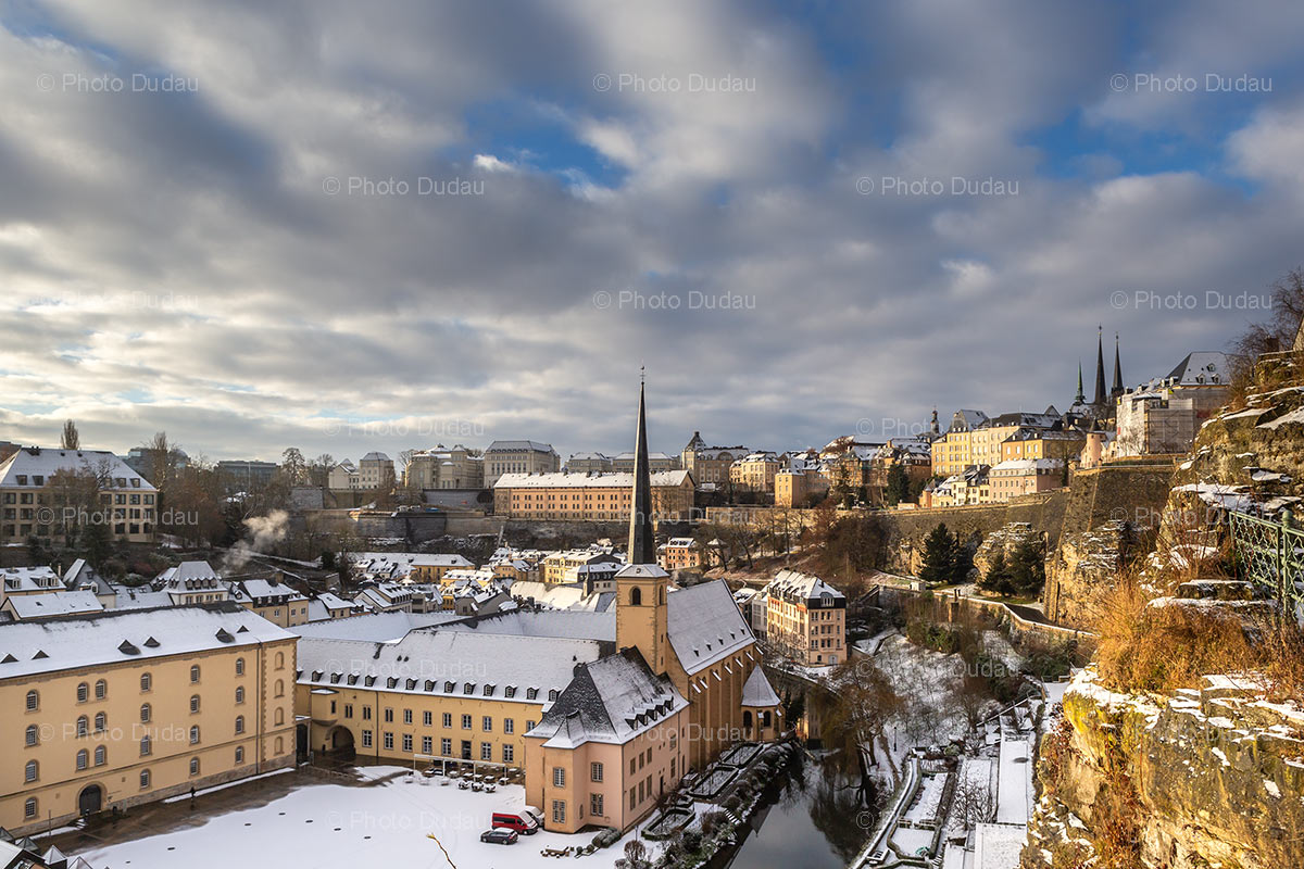 Snow over Grund in Luxembourg city