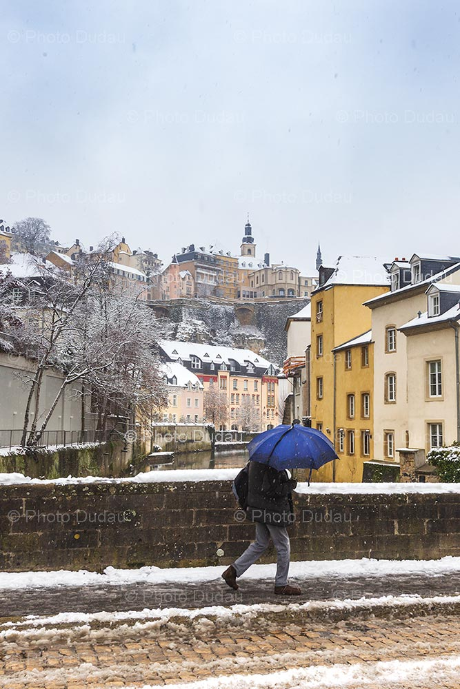 Snowing in Grund Luxembourg City